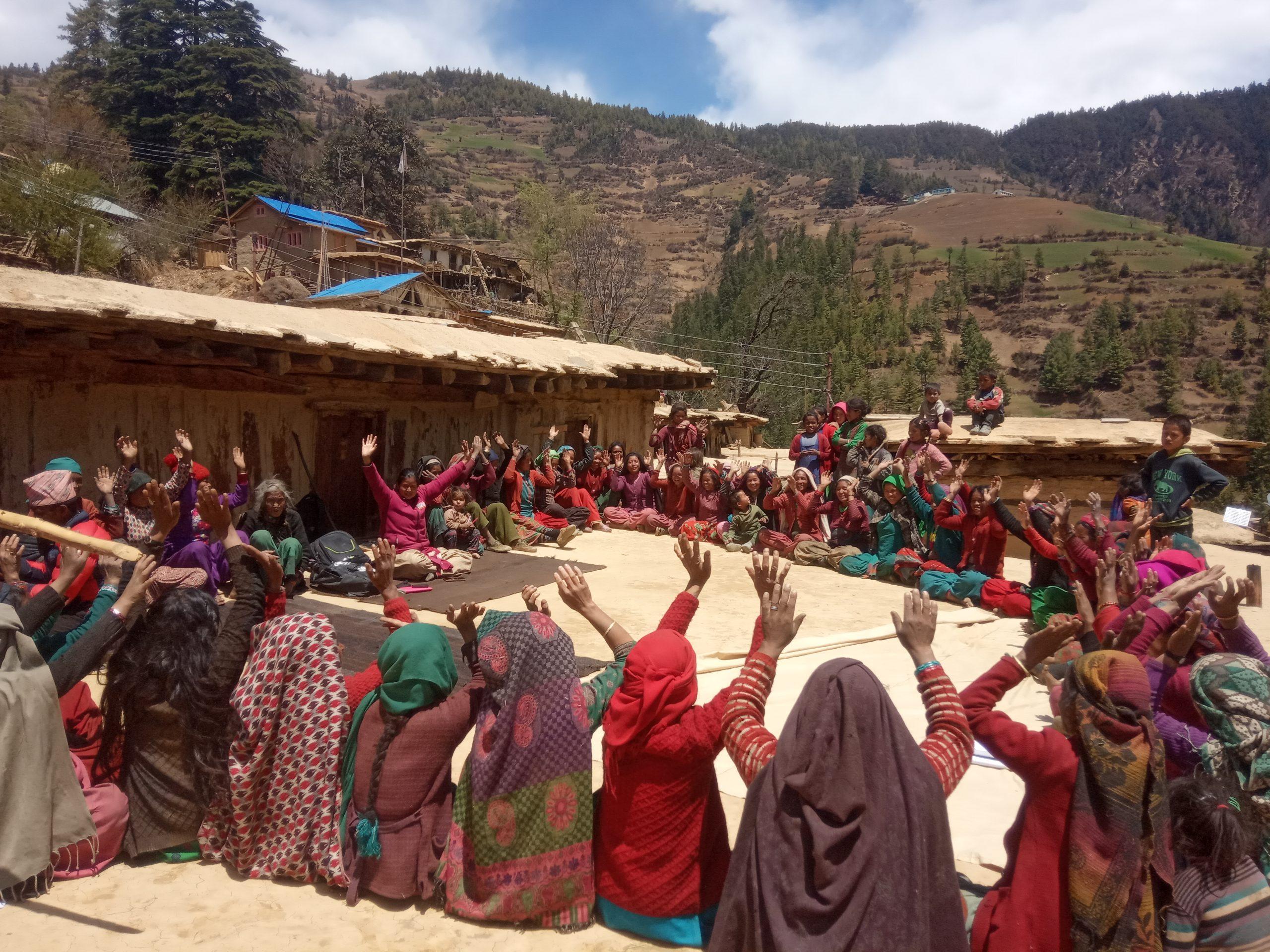 छुई(छाउपडी प्रथा)ले निम्त्याएको रोगबाट मुक्ती खोज्दै महिला